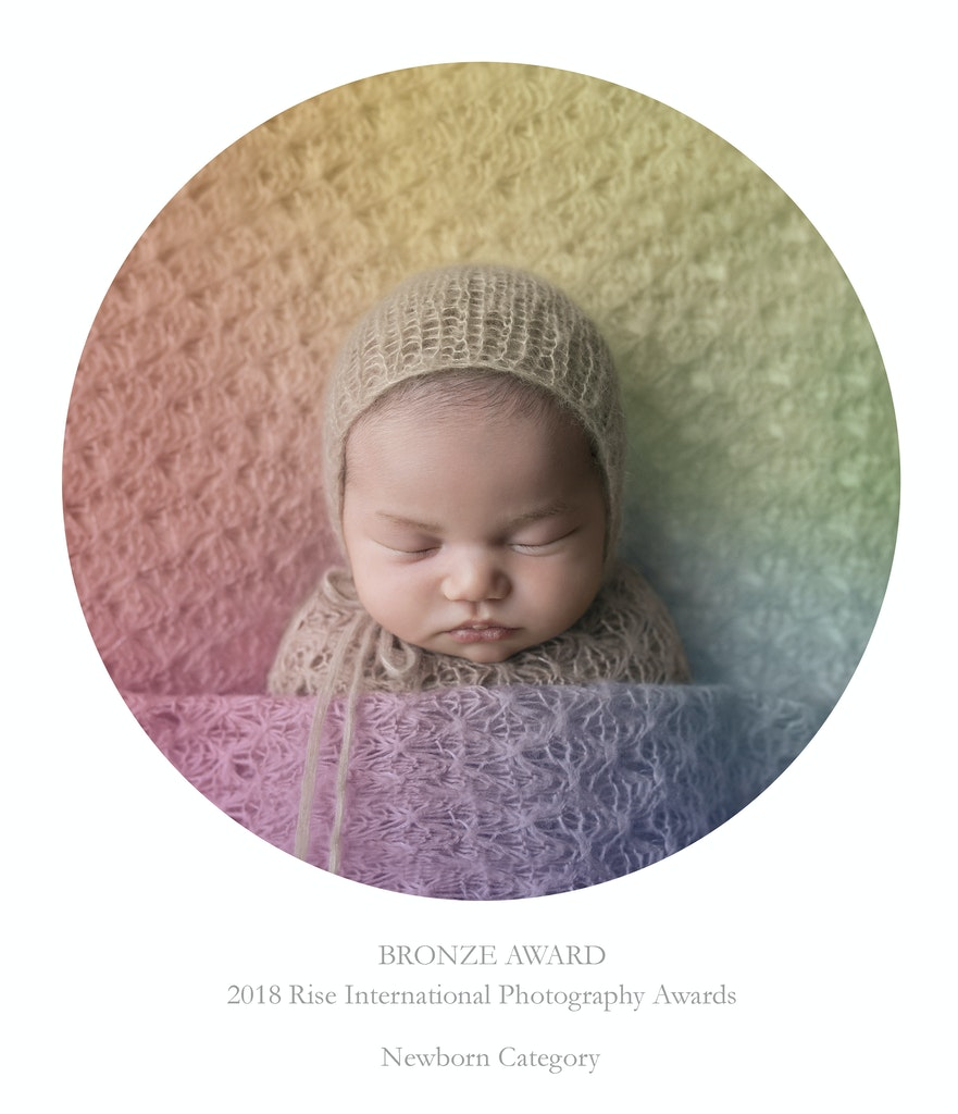 Award Winning Newborn Photographer 2