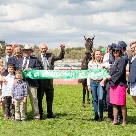 Race 1, Larlabrook, Owners_16-09-17, Royal Randwick, Sharon Lee Chapman_0086