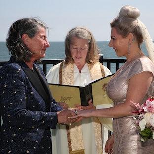 Vicki Flower Wedding