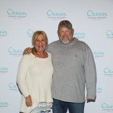Larry the Cable Guy Meet and Greet