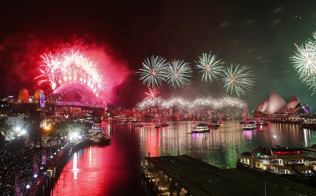 775249770DA074_City_Of_Sydn - SYDNEY, AUSTRALIA - JANUARY 01:  Fireworks are seen during the Midnight Fireworks on New Year's Eve on Sydney Harbour on...