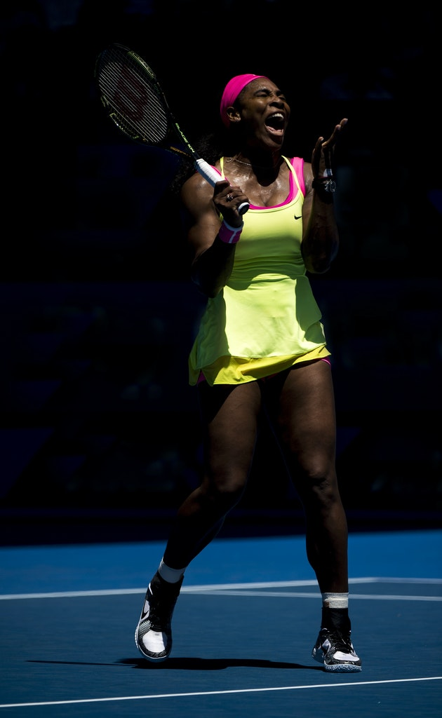 _PB19671 - 2015 22nd January. Day 4 of the Australian Open Tennis. Serena Williams (USA) defeats Vera Zvonareva (RUS) in straight sets 7-5 6-0 Williams...