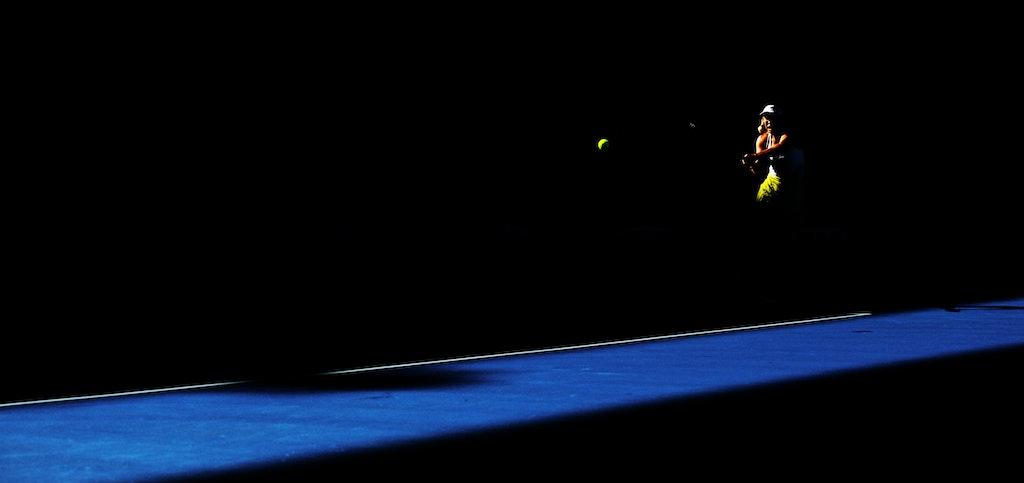 Blakeman_2013_0017571 - 18/1/13, Melbourne, Australia, Day 6 of the Australian Open Tennis. Roger FEDERER (SUI) defeats Bernard TOMIC (AUS) 6-4, 7(7)-6(5),...