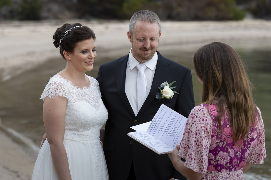 freycinet wedding elopement east coast tasmania-316 - photo by Enright Photography (www.enrightphotography.com.au)