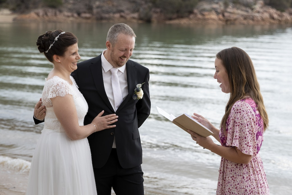 freycinet wedding elopement east coast tasmania-323 - photo by Enright Photography (www.enrightphotography.com.au)