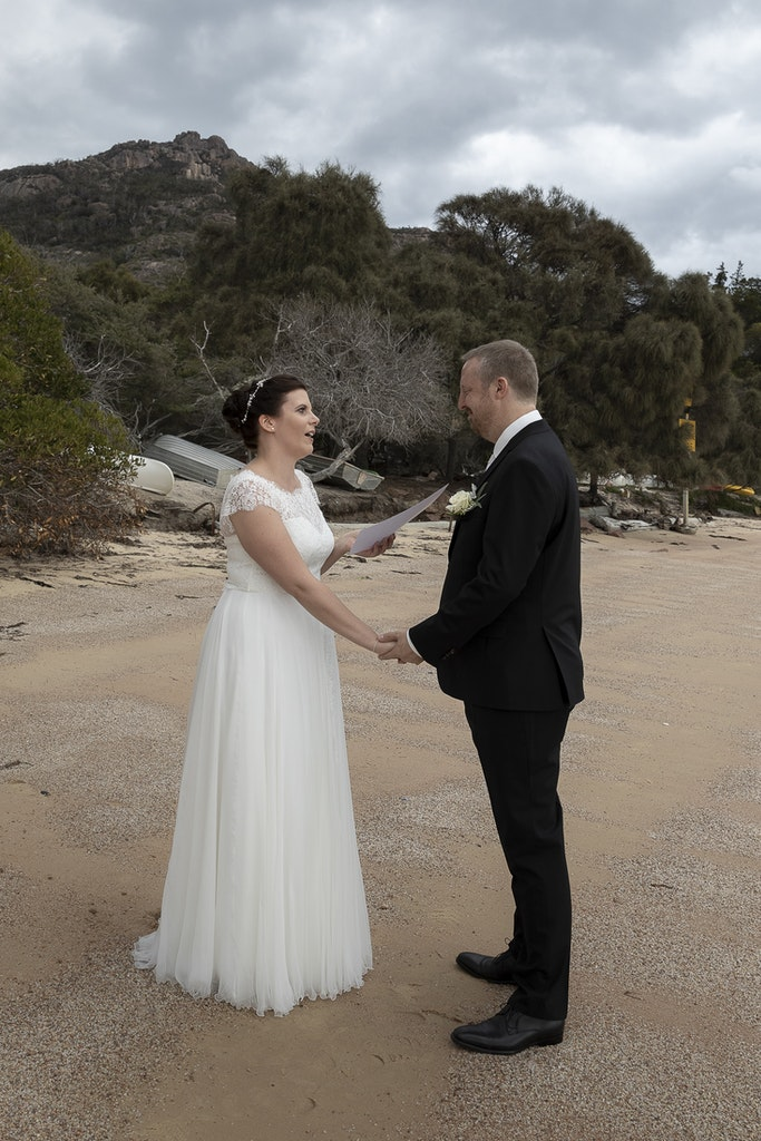 freycinet wedding elopement east coast tasmania-326 - photo by Enright Photography (www.enrightphotography.com.au)