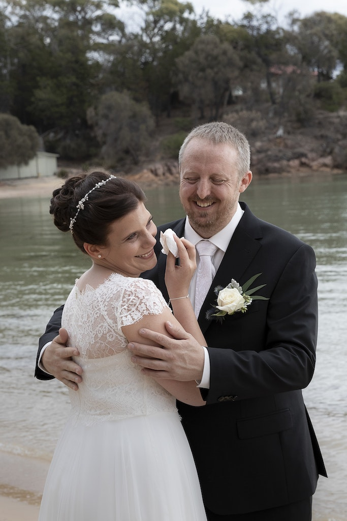 freycinet wedding elopement east coast tasmania-328 - photo by Enright Photography (www.enrightphotography.com.au)
