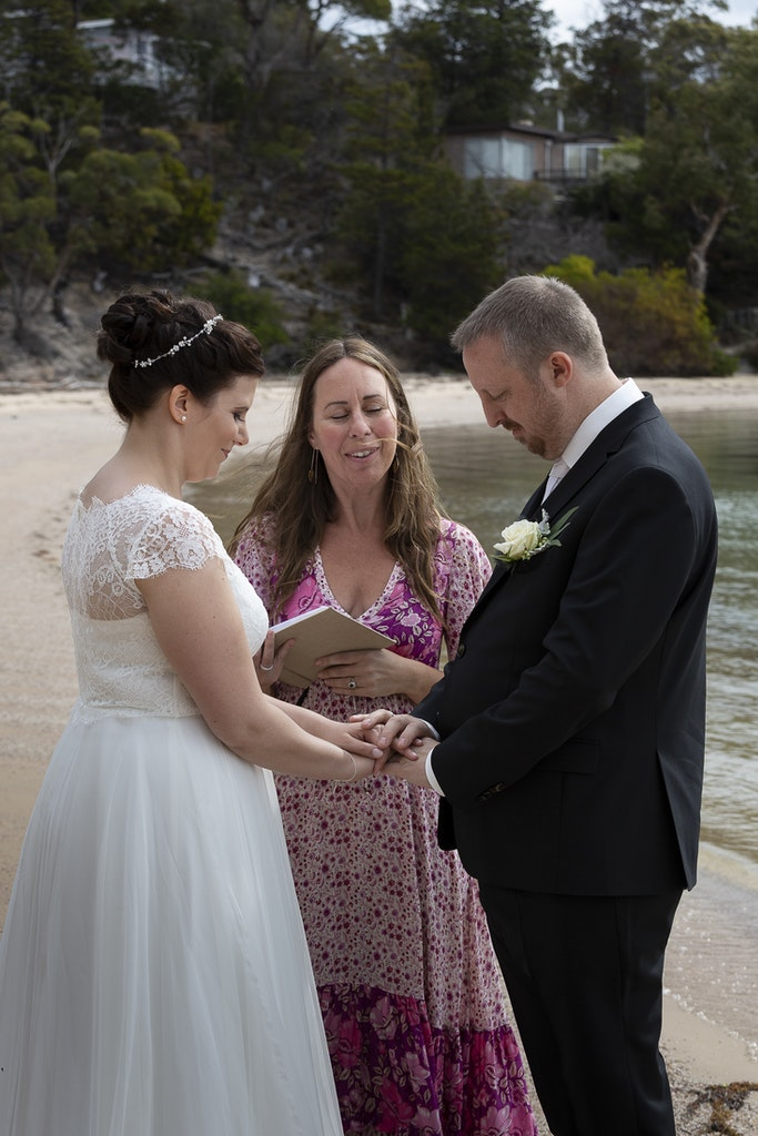 freycinet wedding elopement east coast tasmania-332 - photo by Enright Photography (www.enrightphotography.com.au)