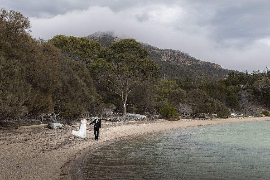 freycinet wedding elopement east coast tasmania-340 - photo by Enright Photography (www.enrightphotography.com.au)