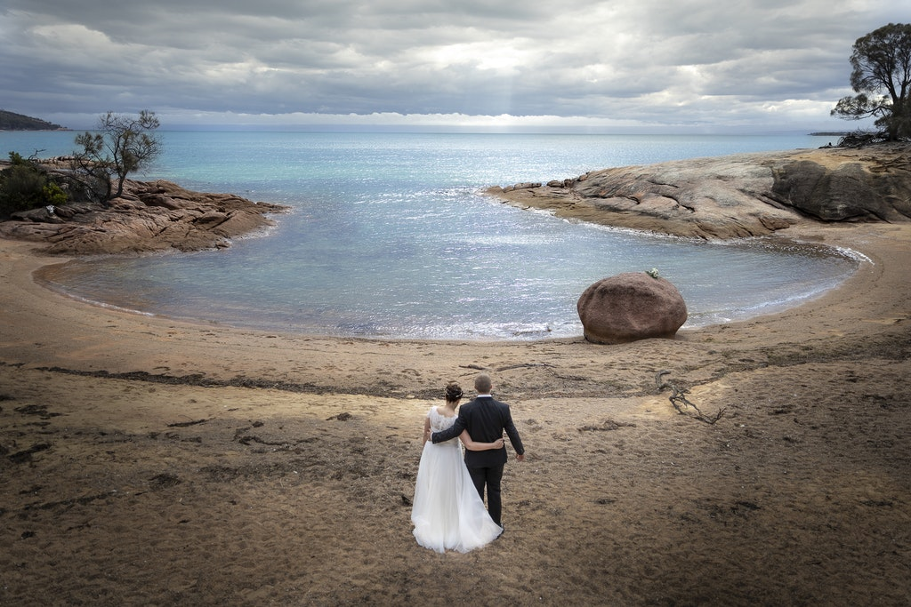 freycinet wedding elopement east coast tasmania-347 - photo by Enright Photography (www.enrightphotography.com.au)