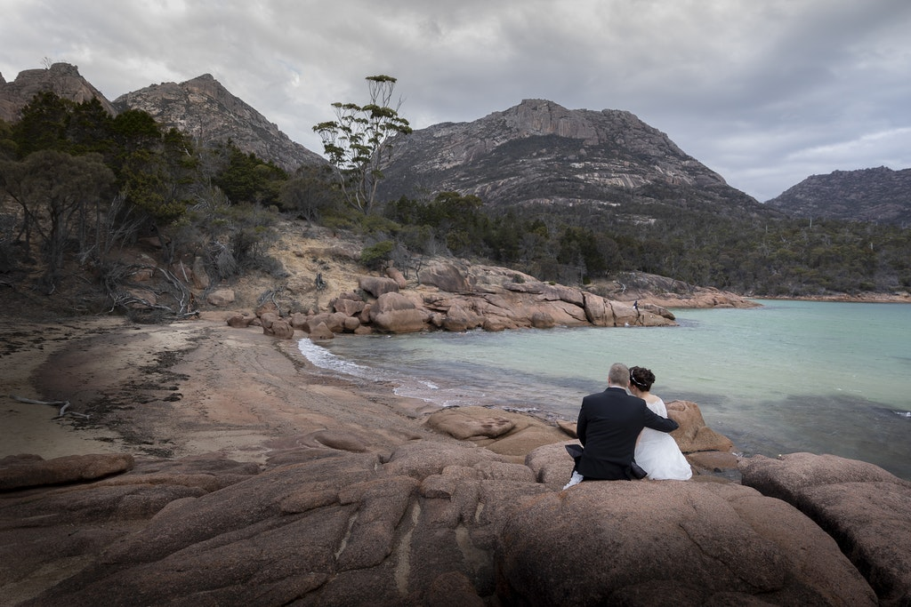 freycinet wedding elopement east coast tasmania-349 - photo by Enright Photography (www.enrightphotography.com.au)
