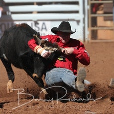 Steer Wrestling - Sunday - Round 2 - Sect 4