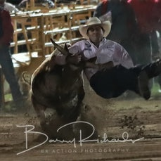 Rd 3 Steer Wrestling - Sect 1