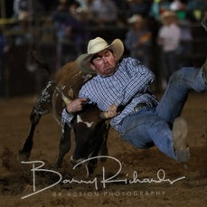 Finley Rodeo 2019 - Steer Wrestling - Sect 1