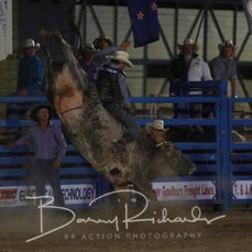 Alexandra Rodeo 2019 - Open Bull Ride - Sect 2