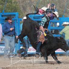 Alexandra Rodeo 2019 - Junior Steer Ride - Sect 1