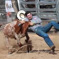 Buchan Rodeo 2019 - Steer Wrestling - Sect 1