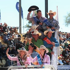 Mt Isa Rodeo 2019 - Sunday Morning - Team Roping Victory Lap