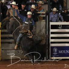 Mt Isa Rodeo 2019 - Sat Evening - Over 40's Bull Ride - Rd 2 & Presentation