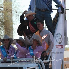 Mt Isa Rodeo 2019 - Sunday Afternoon - Steer Wrestling  Victory Lap