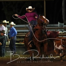 NQ Elite Rodeo 2019 - Breakaway Roping Chute Out