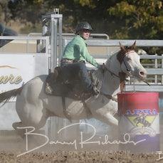 Springsure Rodeo 2019 - Open Barrel Race - Slack 1