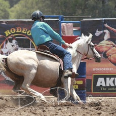 Myrtleford Rodeo 2019 - Junior Barrel Race - Slack 1