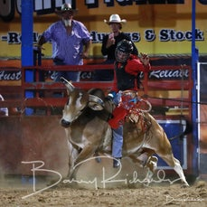 Myrtleford Rodeo 2019 - 2nd Div Bull Ride - CHUTE OUT