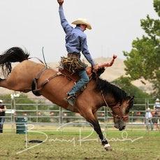 Tallangatta Rodeo 2019 - 2nd Div Saddle Bronc - Slack 1