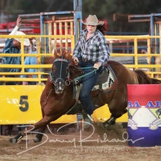 Chiltern Rodeo 2020 - Open Barrel Race - Sect 1