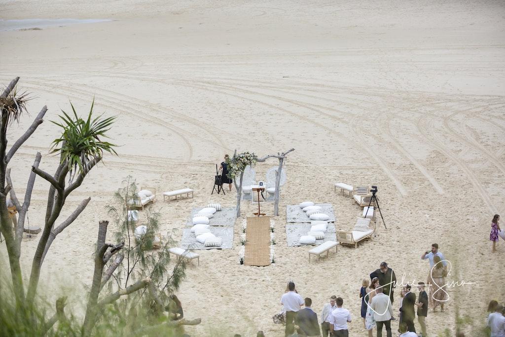 Debrah & Rick's Stradbroke Wedding - Rick & Debrah's North Stradbroke Island Wedding. Ceremony at Pub Cove. Reception at The Stradbroke Island Hotel. Styling...