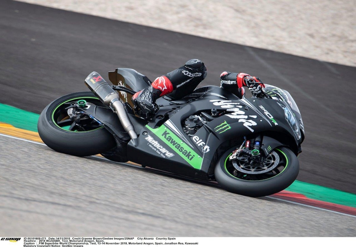 2018-11  Jonathan Rea Kawa winter test Aragon  (1)