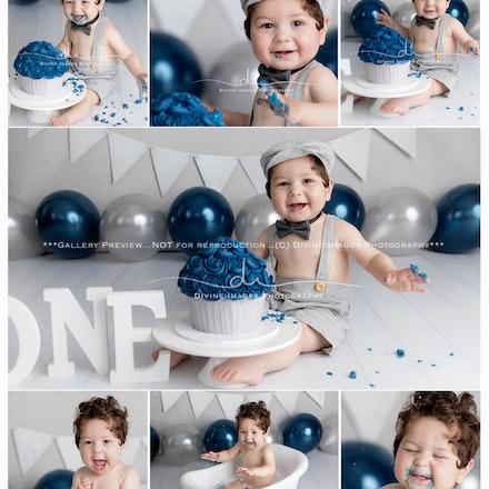 James' 1 year cake smash