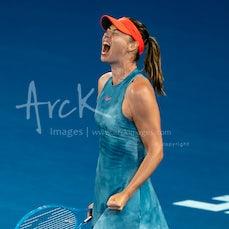 2019 Australian Open Day 5 - Featuring Federer, Sharapova, Wozniacki, Nadal, De Minaur