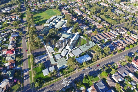 QUAKERS HILL - LOCATION IMAGES
