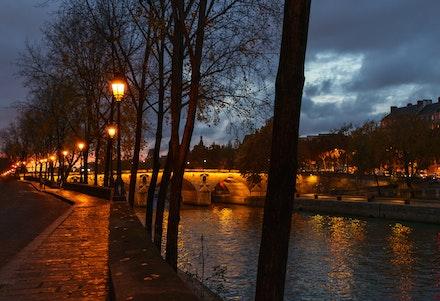 219 - Paris - 4th - 121118-6858-Edit-Edit