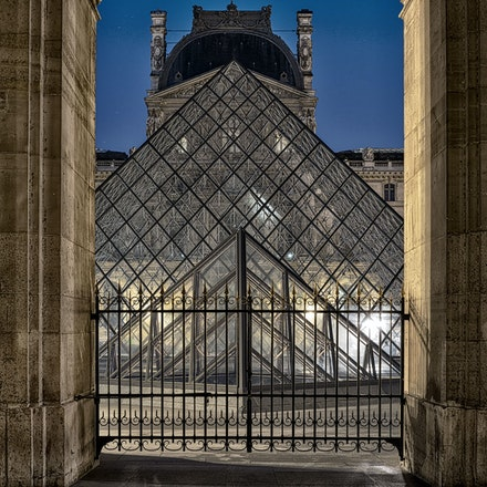 2019 Paris - Paris, capital of France, is a major European city and a world center of art, fashion, gastronomy and culture. Its urban landscape of the...