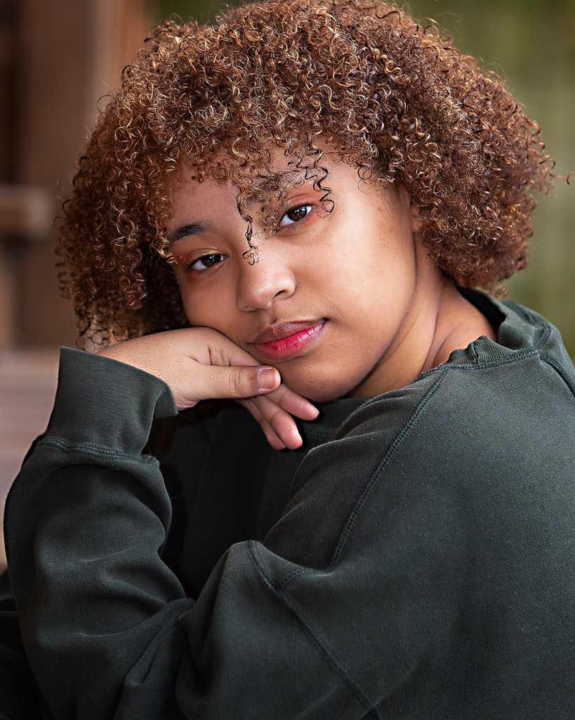20191019-Headshots-Gab-Iz-1022-Edit