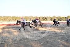 Race 7 Gold Crown