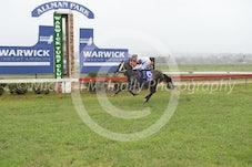 Race 2 Kick A Tinnie