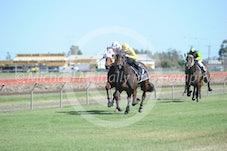 Race 2 Lashoni