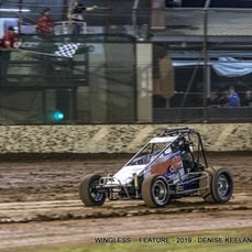 WINGLESS SPRINTS - FEATURE