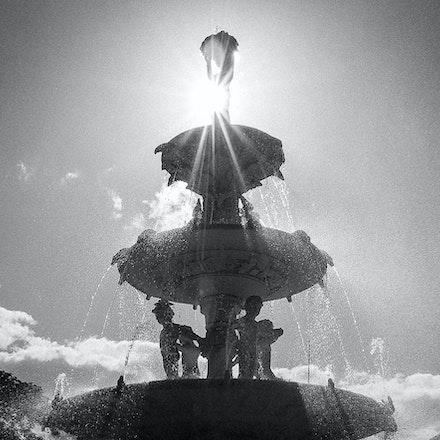 Royal Exhibition Building Fountain - The sun peeks behind the fountain at the Royal Exhibition Building, Carlton Gardens