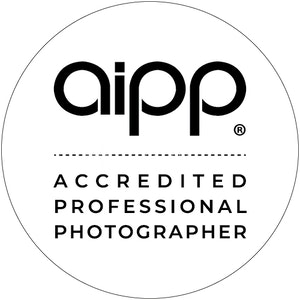AIPP Accredited - APP White Circle