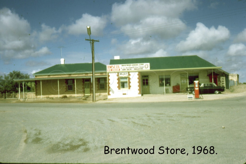 Brentwood 06