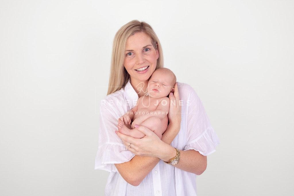 New Mum - Brisbane Baby Photographer - New mum with her new baby