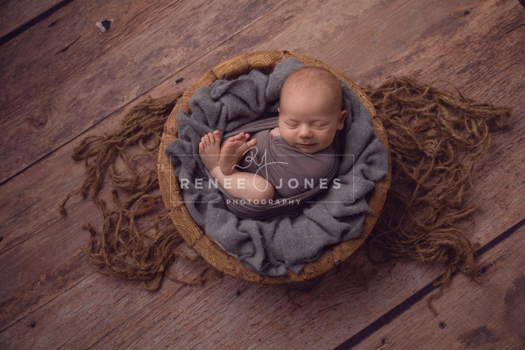 Rustic wooden bowl - Brisbane Newborn Photographer - Newborn posed in a rustic wooden bowl