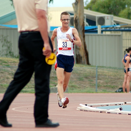 Jared Tallent - Jared Tallent in action in the 5000m walk at the 2010 Australia Cup in Canberra.