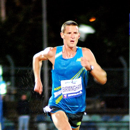 Collis Birmingham - Collis Birmingham defeated a strong field to take out the 10000m at the 2009 Zatopek:10 meet in a time of 28:04.14.