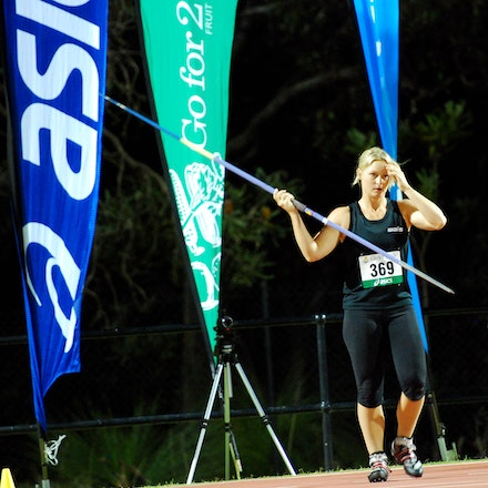 Kim Mickle - Kim Mickle took out the javelin in front of her home crowd with a best throw of 60.66m.